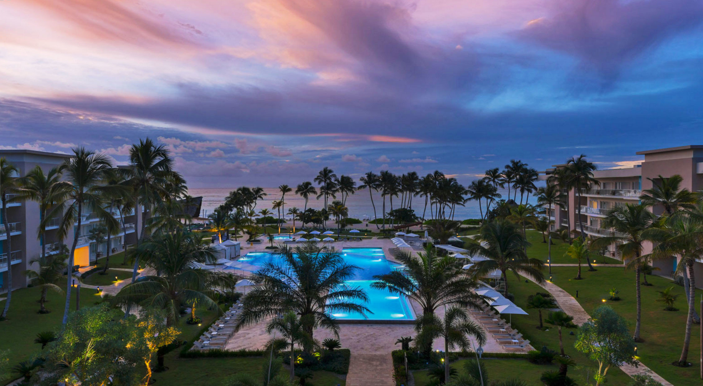 Hotels sky outdoor tree grass reflection evening cityscape Resort estate dusk Sea Sunset bay clouds day