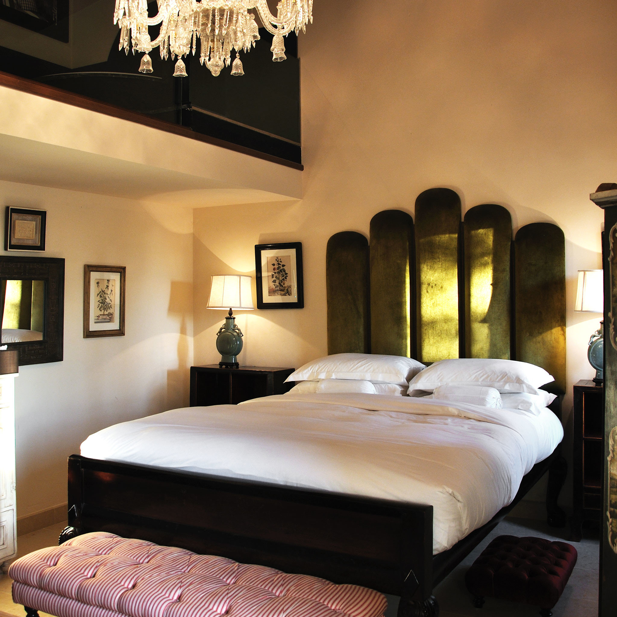 Bedroom Boutique Classic Country Elegant Historic Honeymoon Hotels Romance Romantic Winery wall indoor bed room property interior design hotel furniture estate bed frame bed sheet Suite living room ceiling decorated