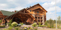 Family Travel Trip Ideas outdoor sky building house vacation rural area home residential area shack cottage roof