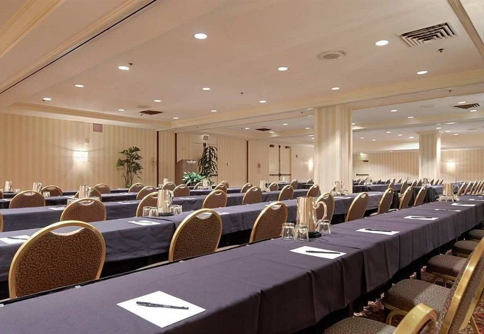 auditorium function hall conference hall convention meeting convention center banquet Cabin ballroom academic conference