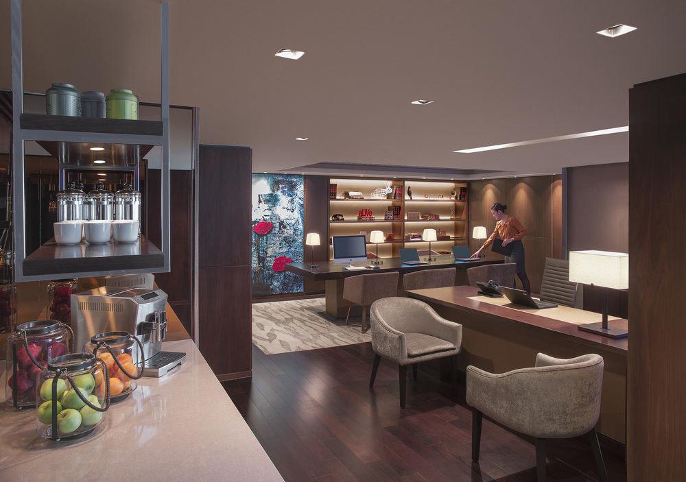 property living room home condominium recreation room cabinetry