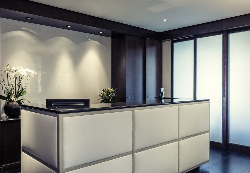 cabinetry lighting living room