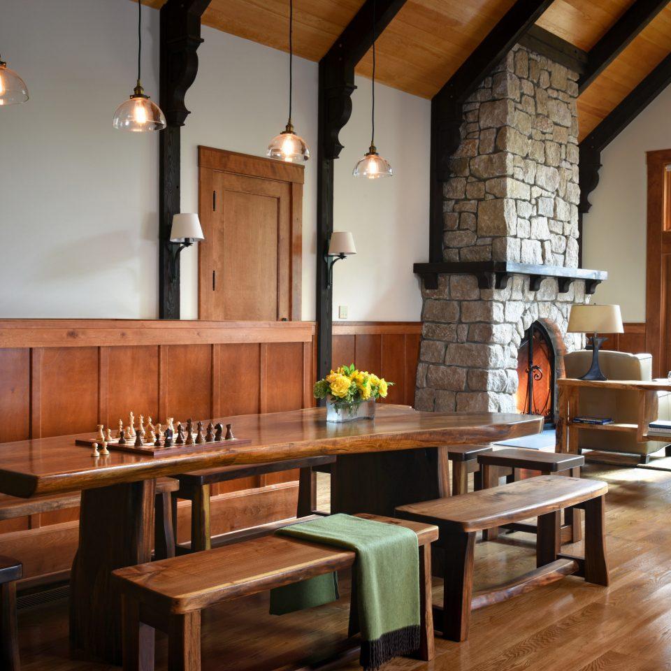 wooden restaurant café flooring dining table
