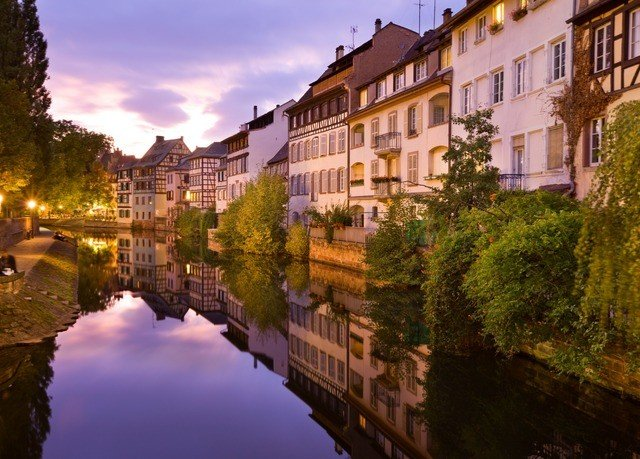 tree sky Canal waterway Town River cityscape evening City autumn flower traveling surrounded