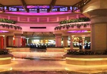 building plaza Lobby shopping mall function hall Casino hall convention center auditorium altar colonnade
