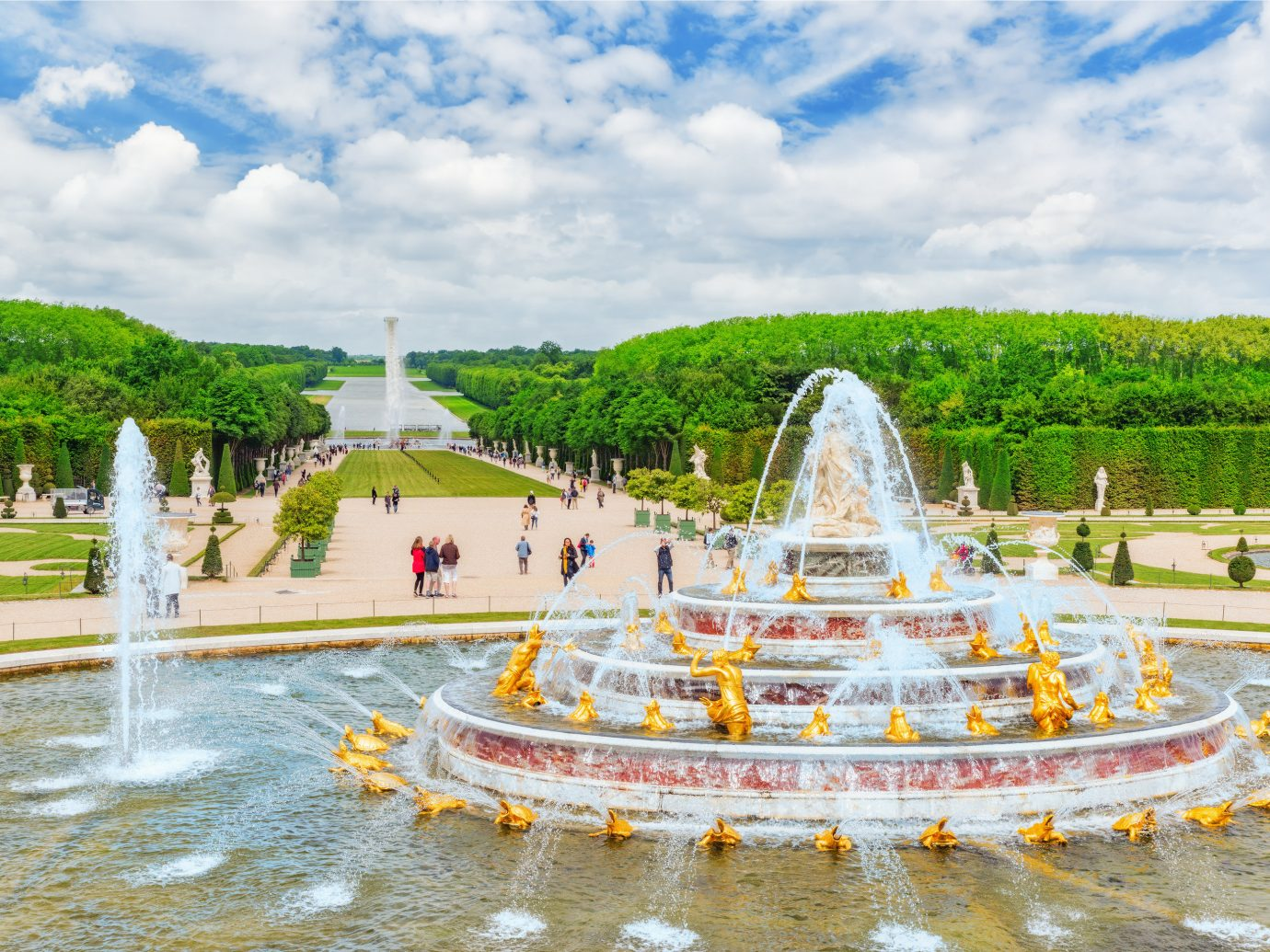 Romance Trip Ideas sky outdoor landmark amusement park fountain park outdoor recreation tourism water feature palace recreation Water park town square