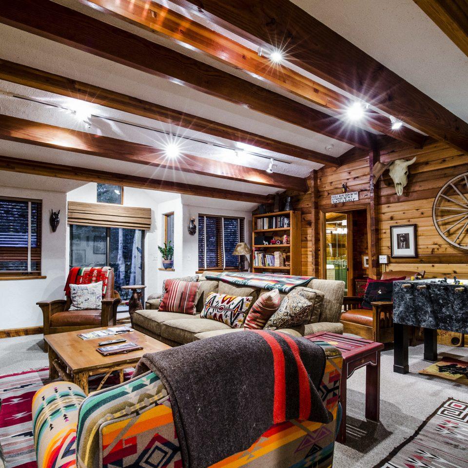 Celebs Hotels Trip Ideas home living room
