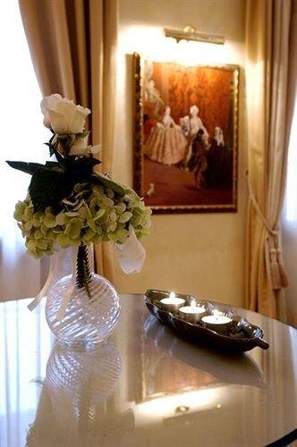 flower floristry centrepiece lighting dress christmas decoration