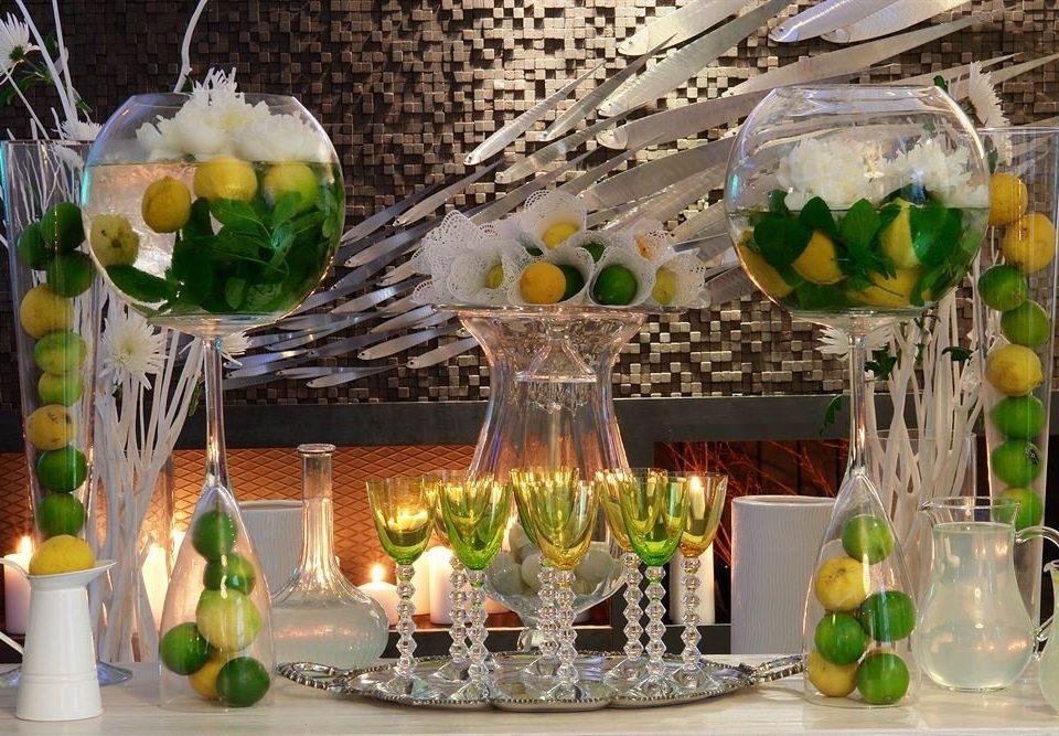 centrepiece flower arranging floristry floral design flower lighting glass