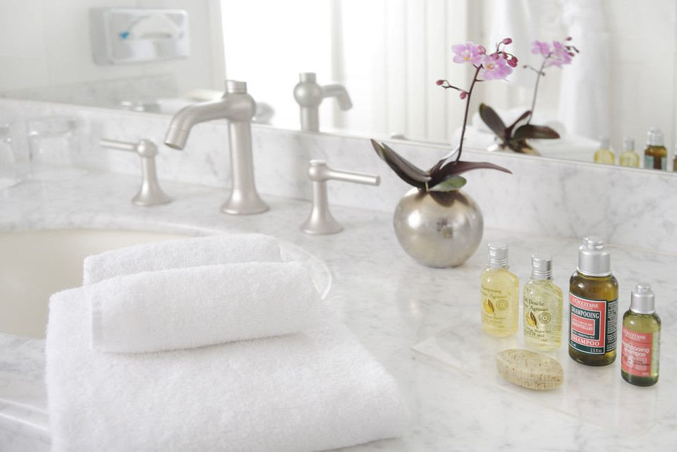 white lighting ceramic textile flooring material counter