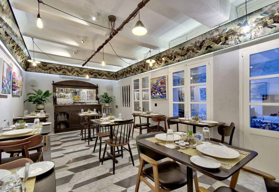 chair property home restaurant condominium living room