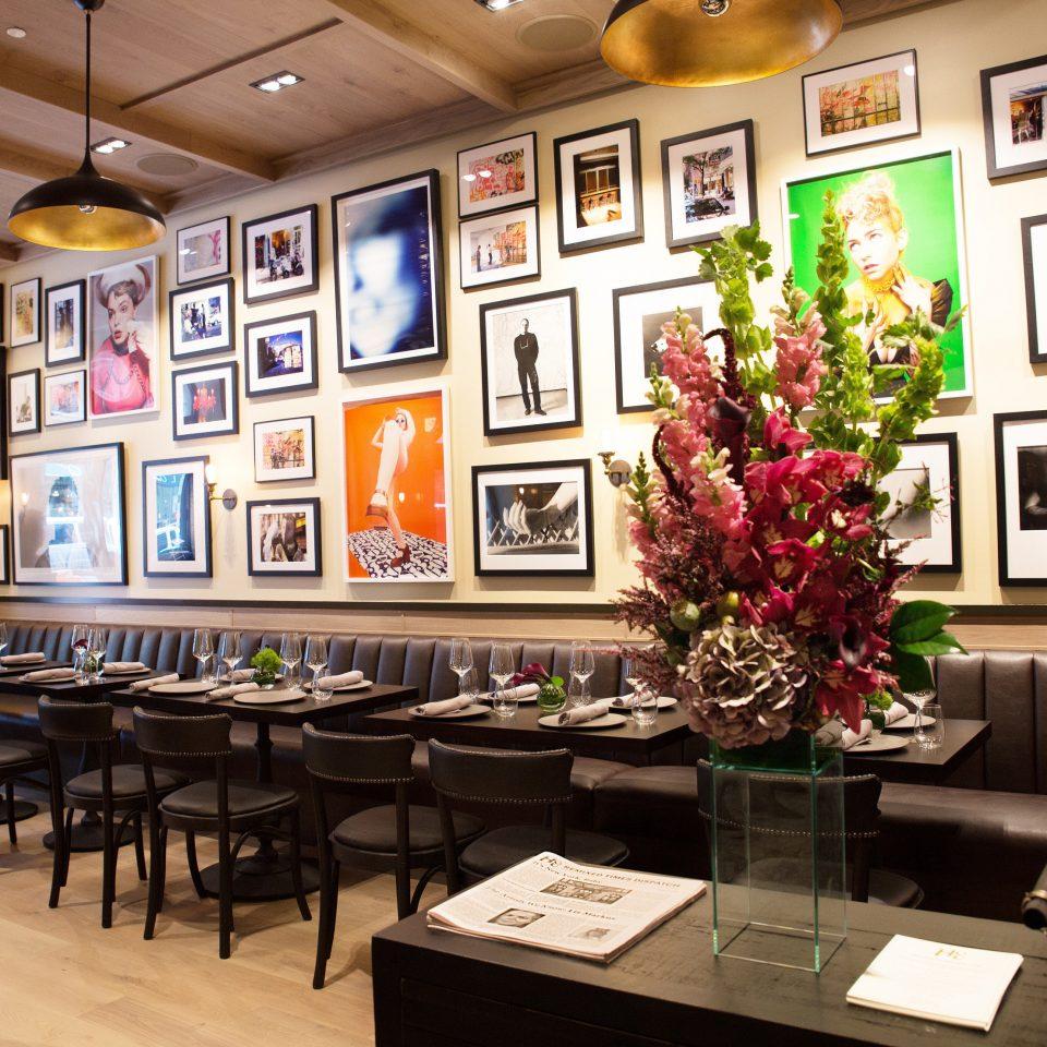 scene chair restaurant