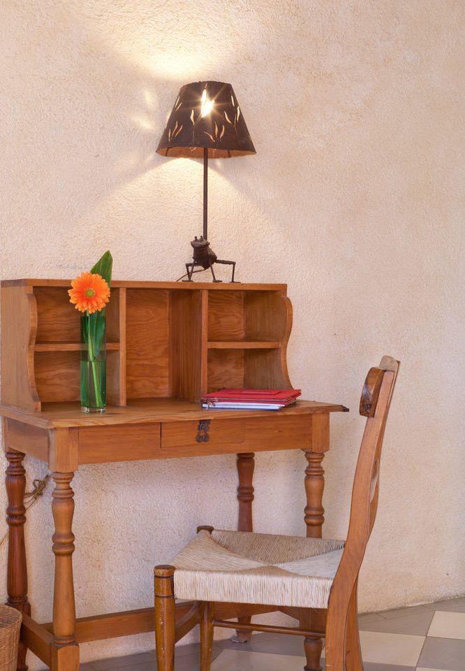 wooden shelf chair