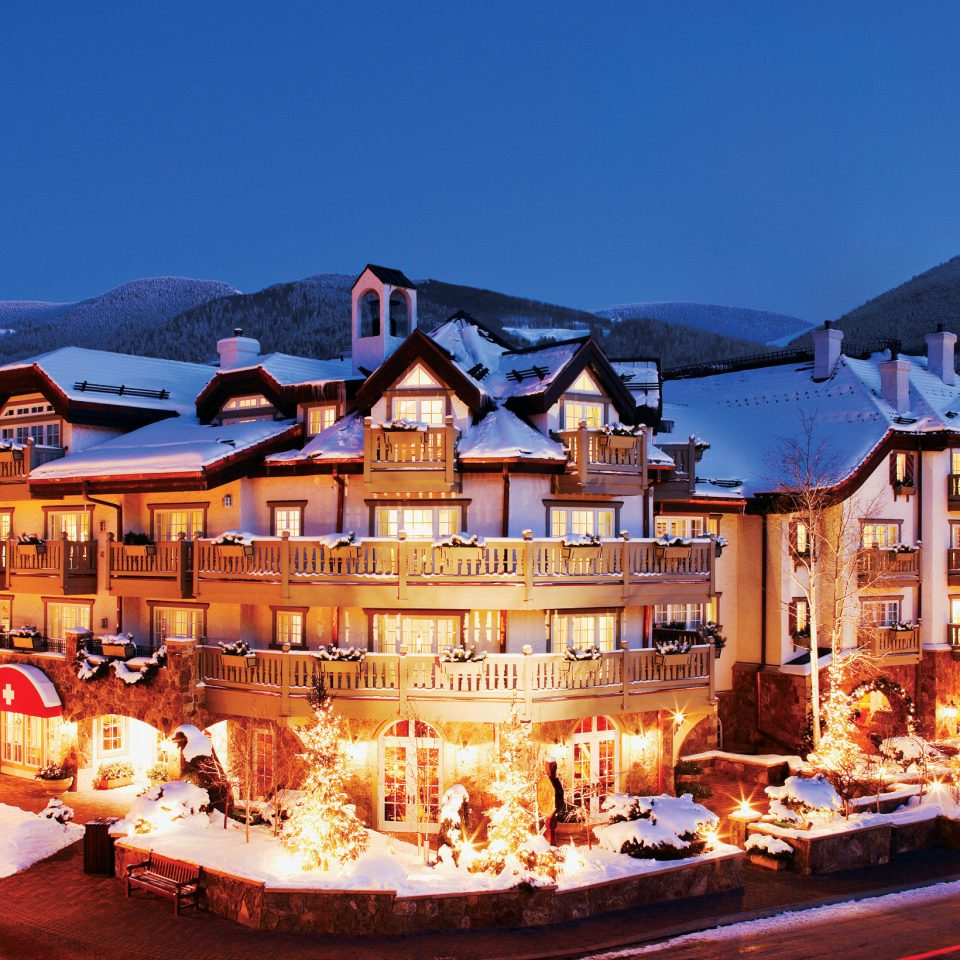 Exterior Resort Rustic sky mountain Town christmas decoration night evening Christmas cityscape sign