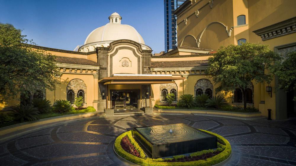 sky landmark building mansion place of worship Courtyard synagogue Church