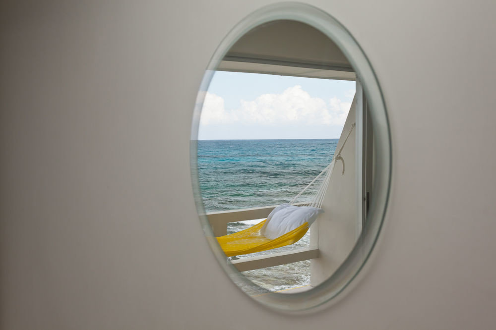 shape circle porthole surfing equipment and supplies glass