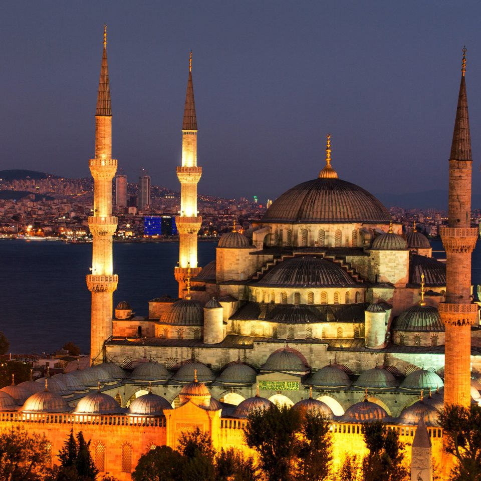City mosque landmark building night place of worship evening cathedral cityscape dusk