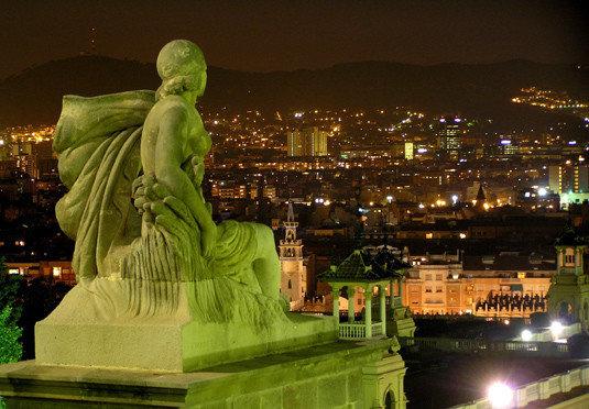 night landmark building City metropolis monument cityscape evening green statue water feature