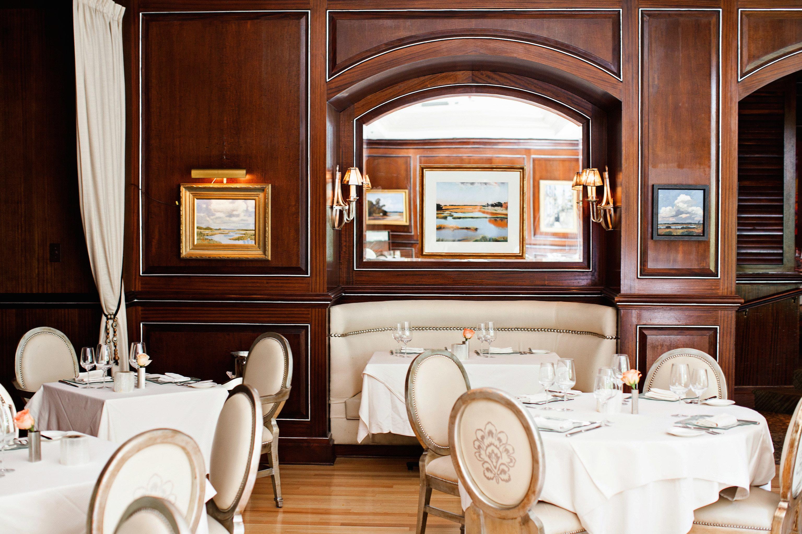 City Classic Cultural Dining Drink Eat Elegant Historic home Suite living room restaurant