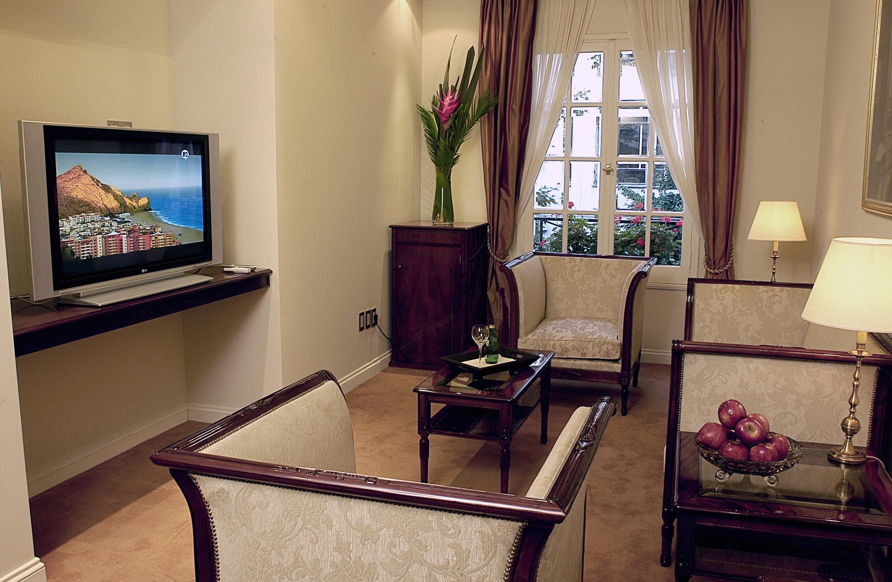 City Classic Cultural Suite living room property home house cottage Villa condominium