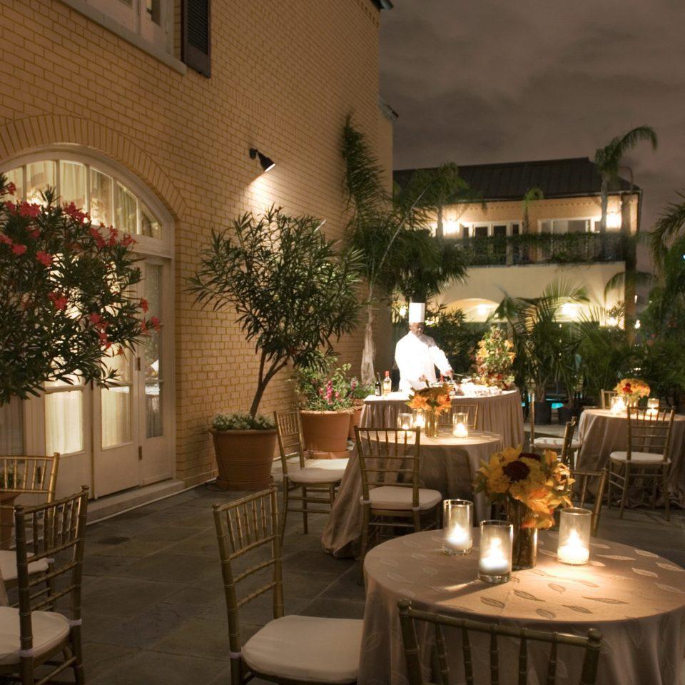 City Classic Dining Drink Eat restaurant home lighting flower