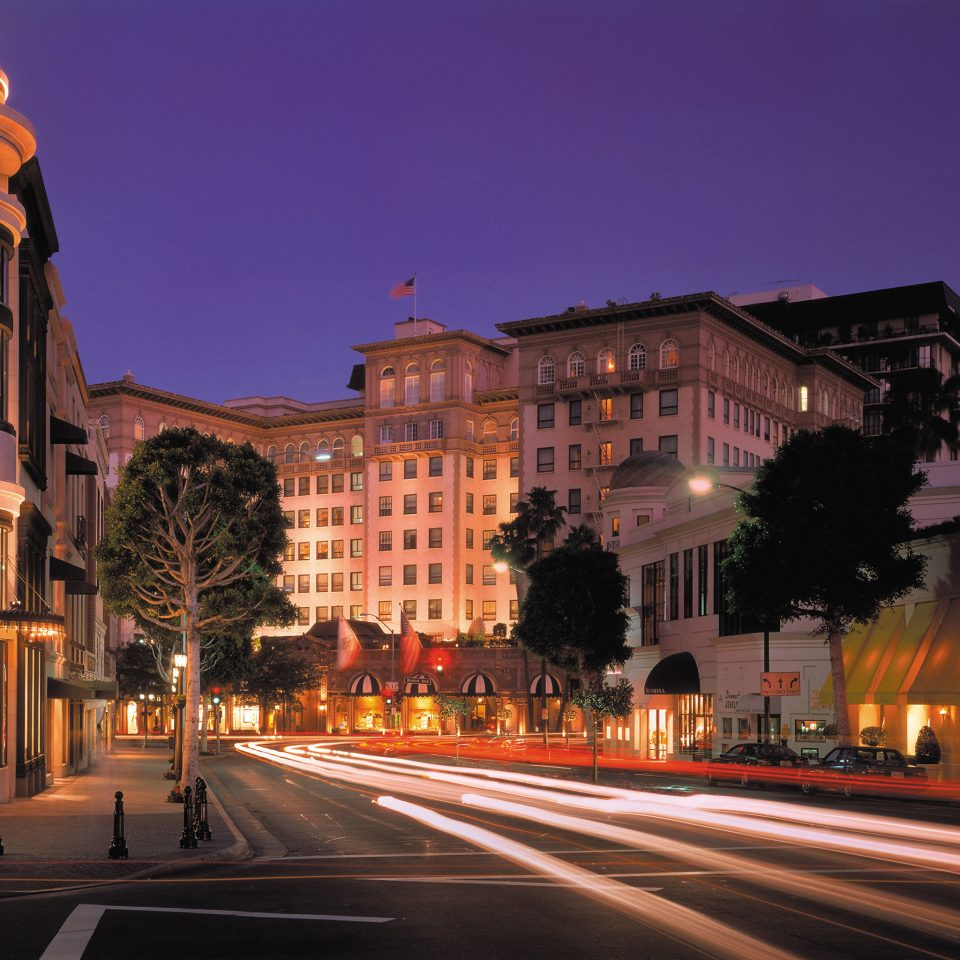 Classic Elegant Exterior Luxury building road street metropolitan area night landmark City Town way scene evening cityscape Downtown metropolis lighting infrastructure dusk light plaza