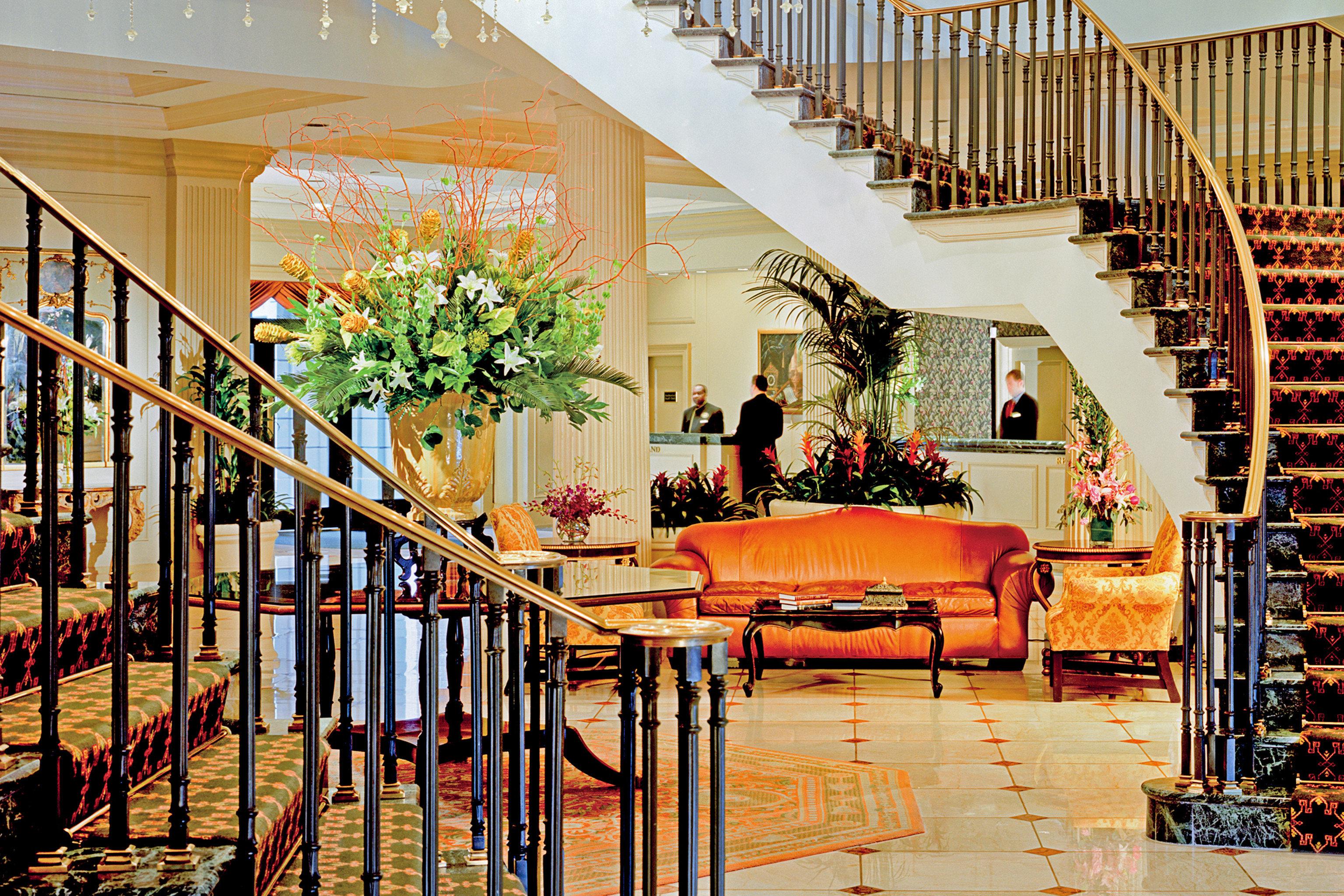 City Classic Elegant Historic Lobby Lounge restaurant home