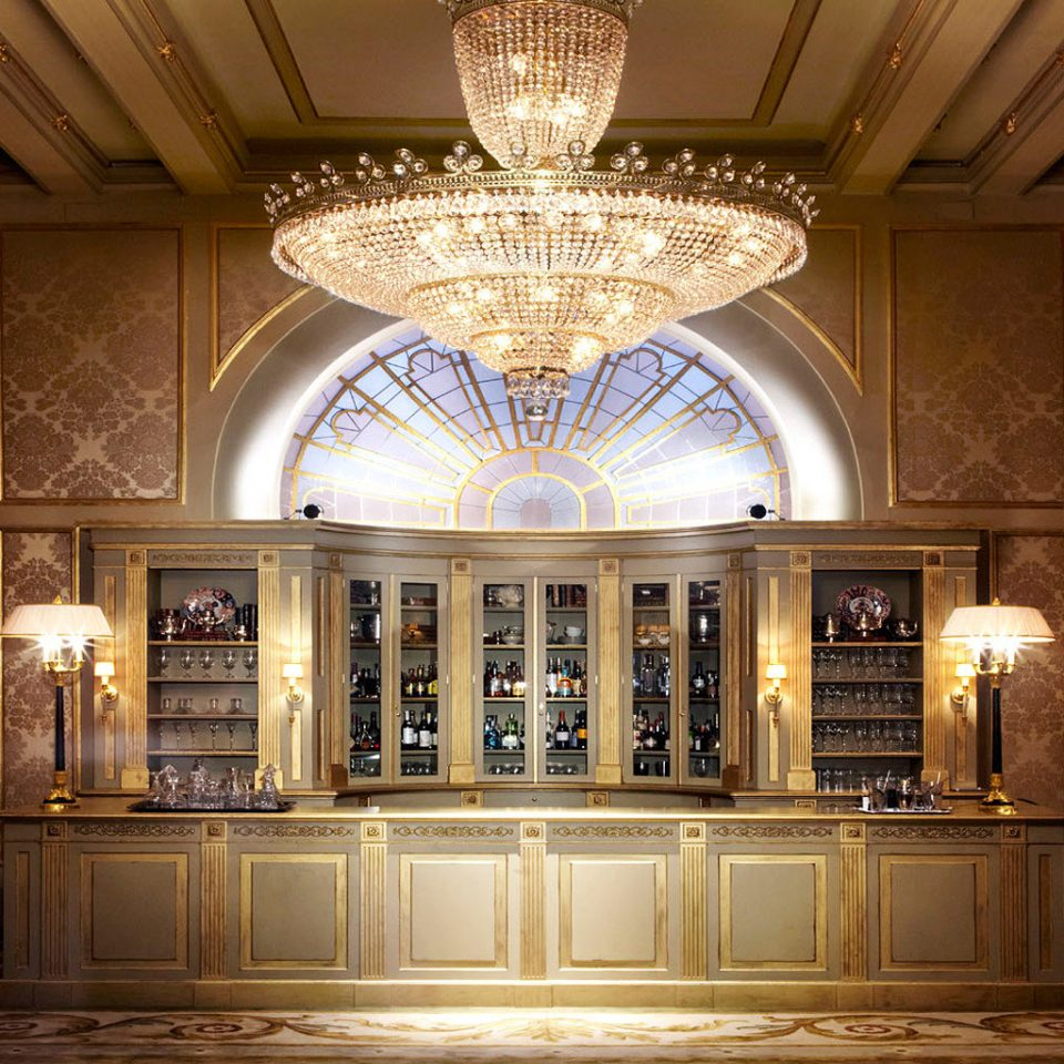 City Classic Elegant Lounge Luxury Romantic building Lobby palace mansion lighting chapel ballroom hall synagogue place of worship