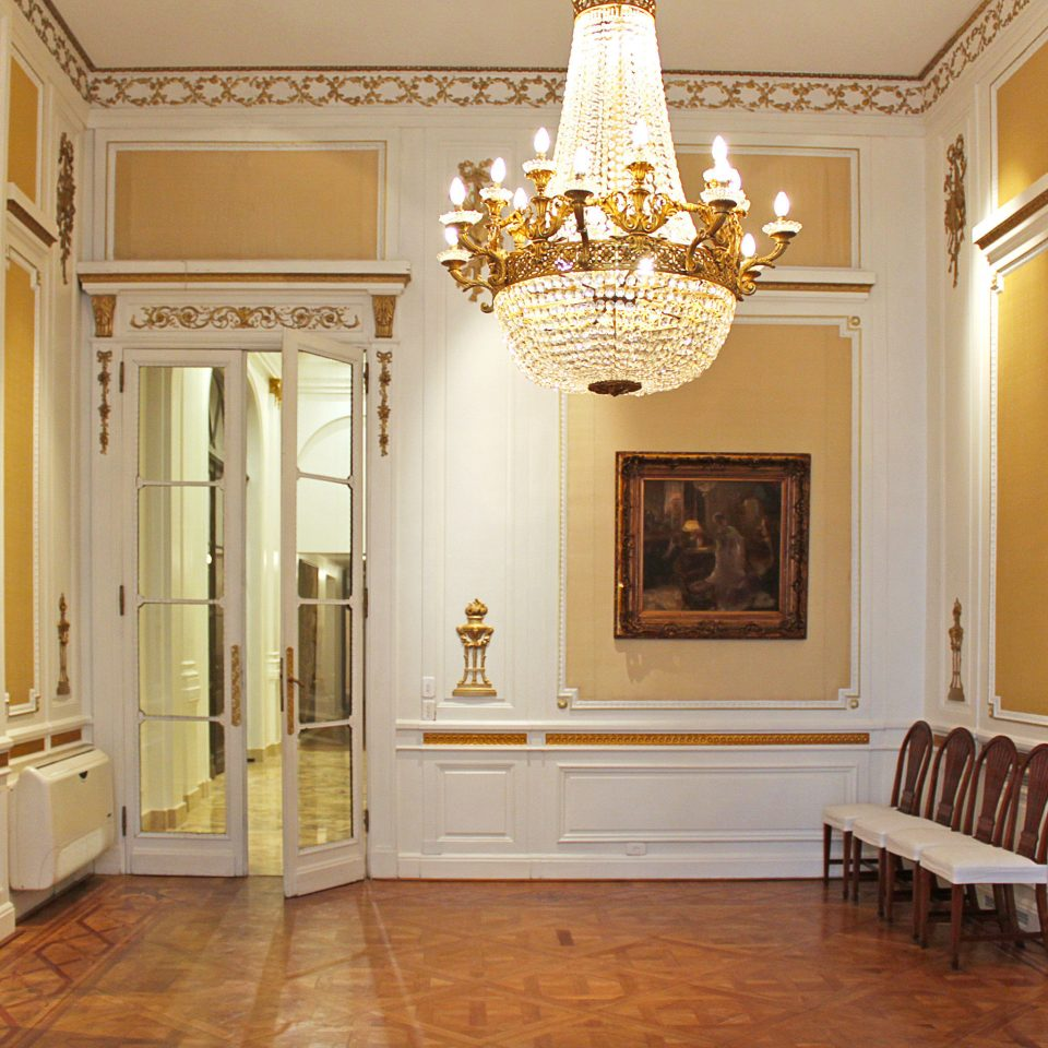 City Classic Historic Lobby Lounge property home mansion living room hall palace column