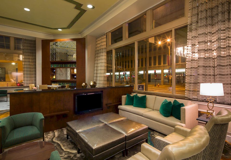 City Classic Lounge sofa Lobby property living room condominium home green mansion recreation room leather