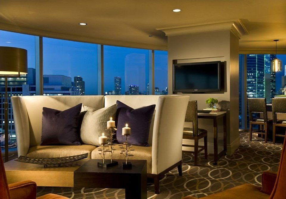 City Classic property living room condominium Suite Lobby home recreation room Resort