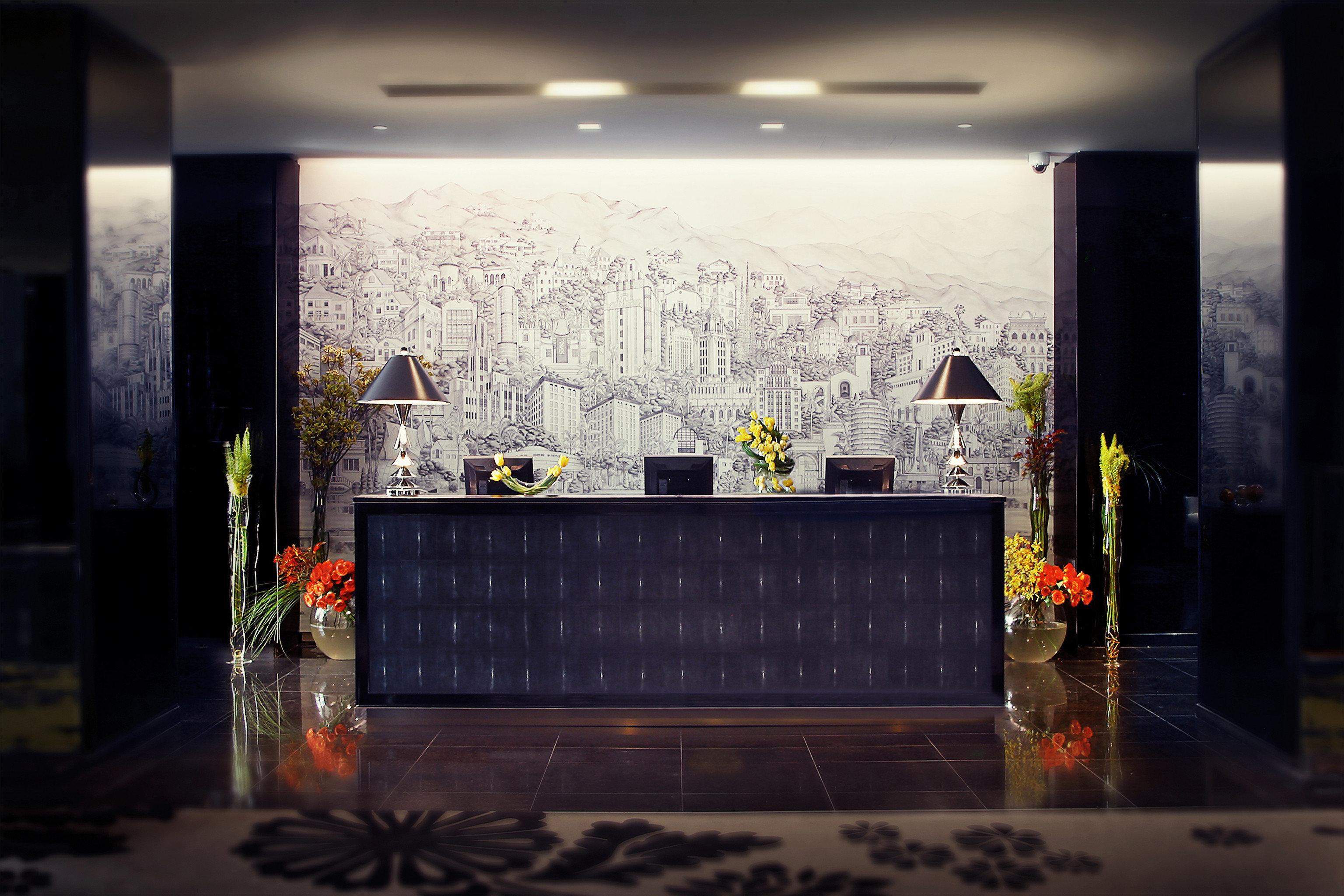 City Classic Lobby Resort light art
