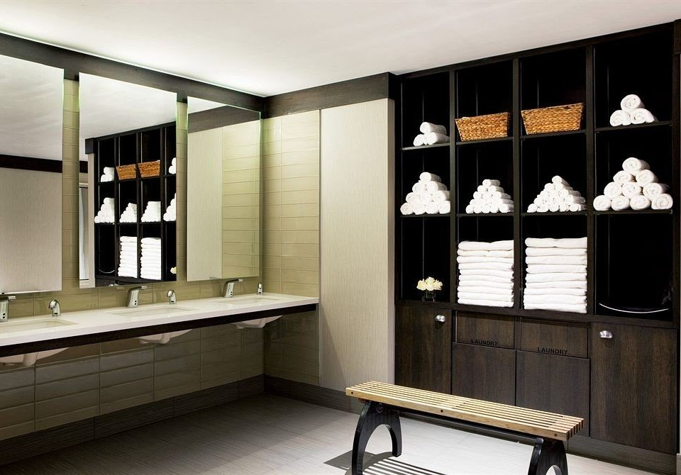 City Classic Spa cabinetry cupboard