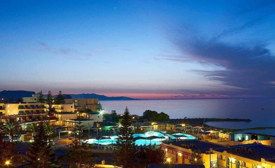 sky horizon cityscape night dusk evening afterglow Sea City Coast marina panorama skyline