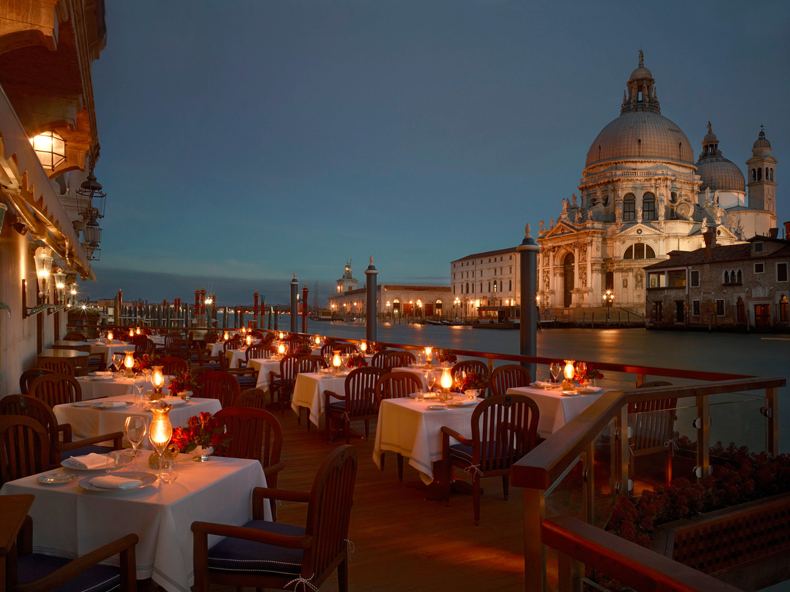 City Deck Dining Elegant Historic Landmarks Luxury Monuments Scenic views building night evening restaurant palace Resort