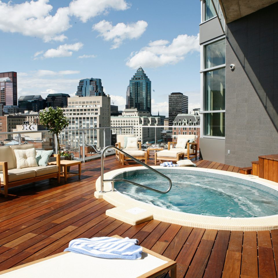 City Deck Hot tub/Jacuzzi Luxury Scenic views building swimming pool property condominium backyard wooden home Villa
