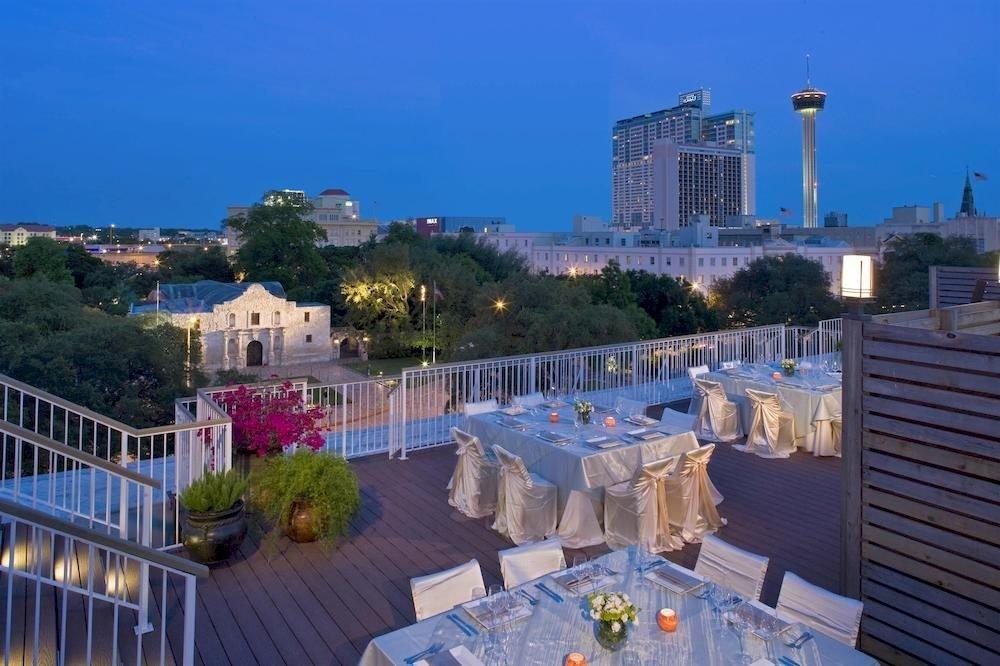 property Resort marina swimming pool condominium dock palace City overlooking Deck