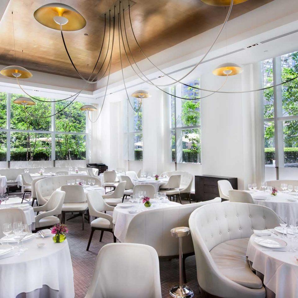 City Dining Drink Eat Elegant Luxury restaurant function hall Resort counter cluttered