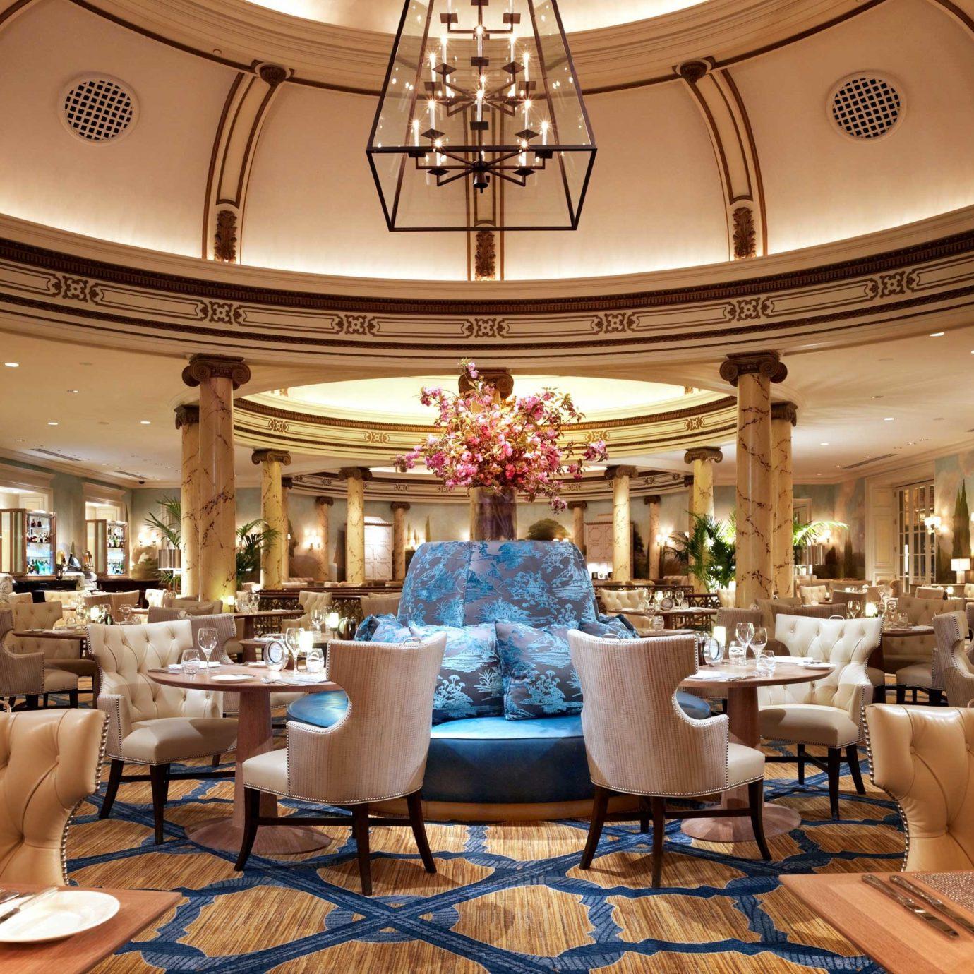 City Dining Drink Eat Luxury Resort Lobby function hall ballroom palace restaurant