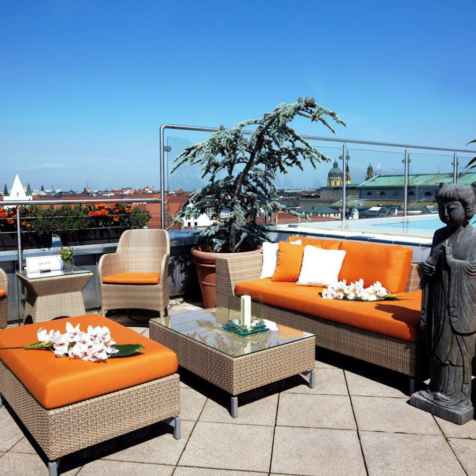 City Dining Drink Eat Luxury Nightlife Rooftop Scenic views sky leisure property Resort home Villa orange living room condominium