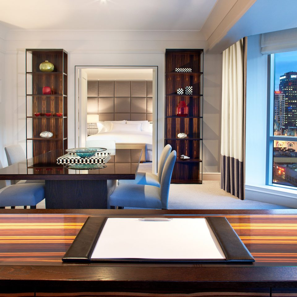 City Dining Drink Eat Luxury Scenic views property living room home condominium Suite mansion recreation room