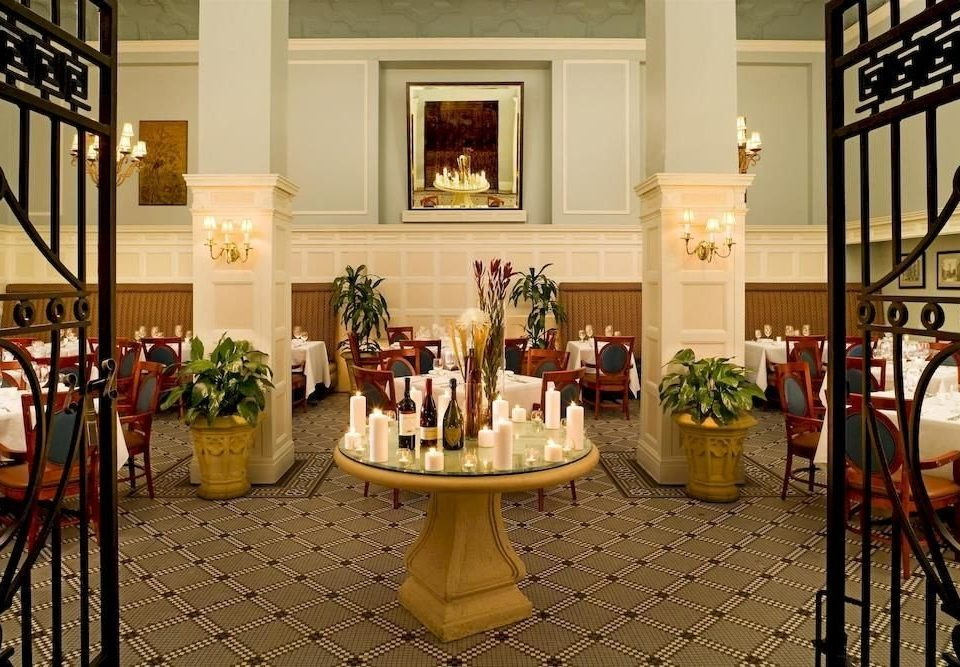 City Dining Elegant home restaurant Lobby mansion