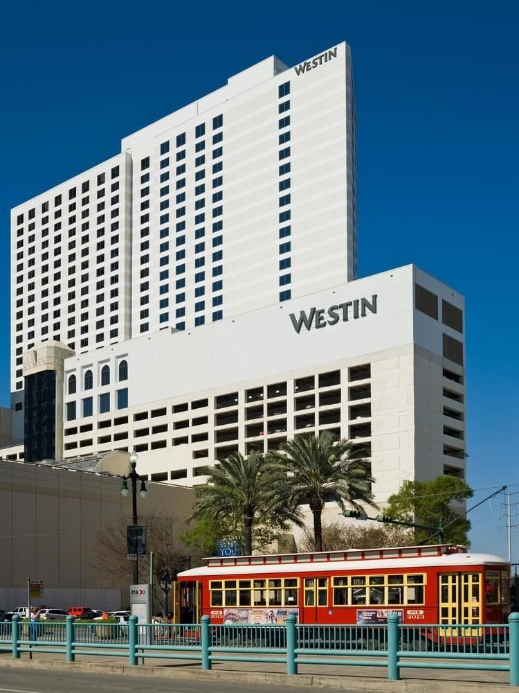 sky building commercial building landmark tower block metropolitan area plaza Downtown headquarters City shopping mall