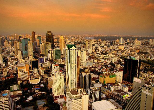 sky metropolitan area skyline City cityscape metropolis skyscraper neighbourhood Downtown residential area evening
