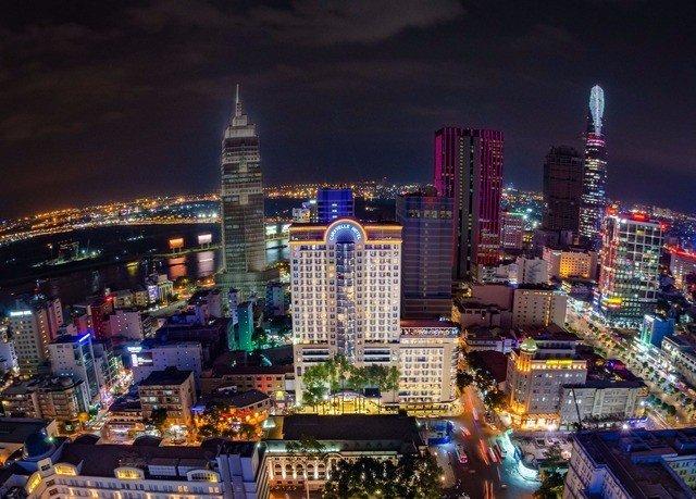 metropolitan area metropolis skyline cityscape City skyscraper night landmark Downtown variety