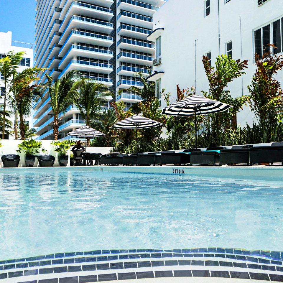 City Exterior Hip Lounge Luxury Modern Pool building water condominium leisure swimming pool property plaza Resort Downtown swimming