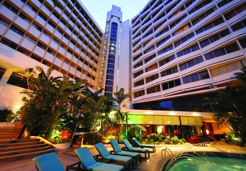 building condominium Resort plaza City Downtown