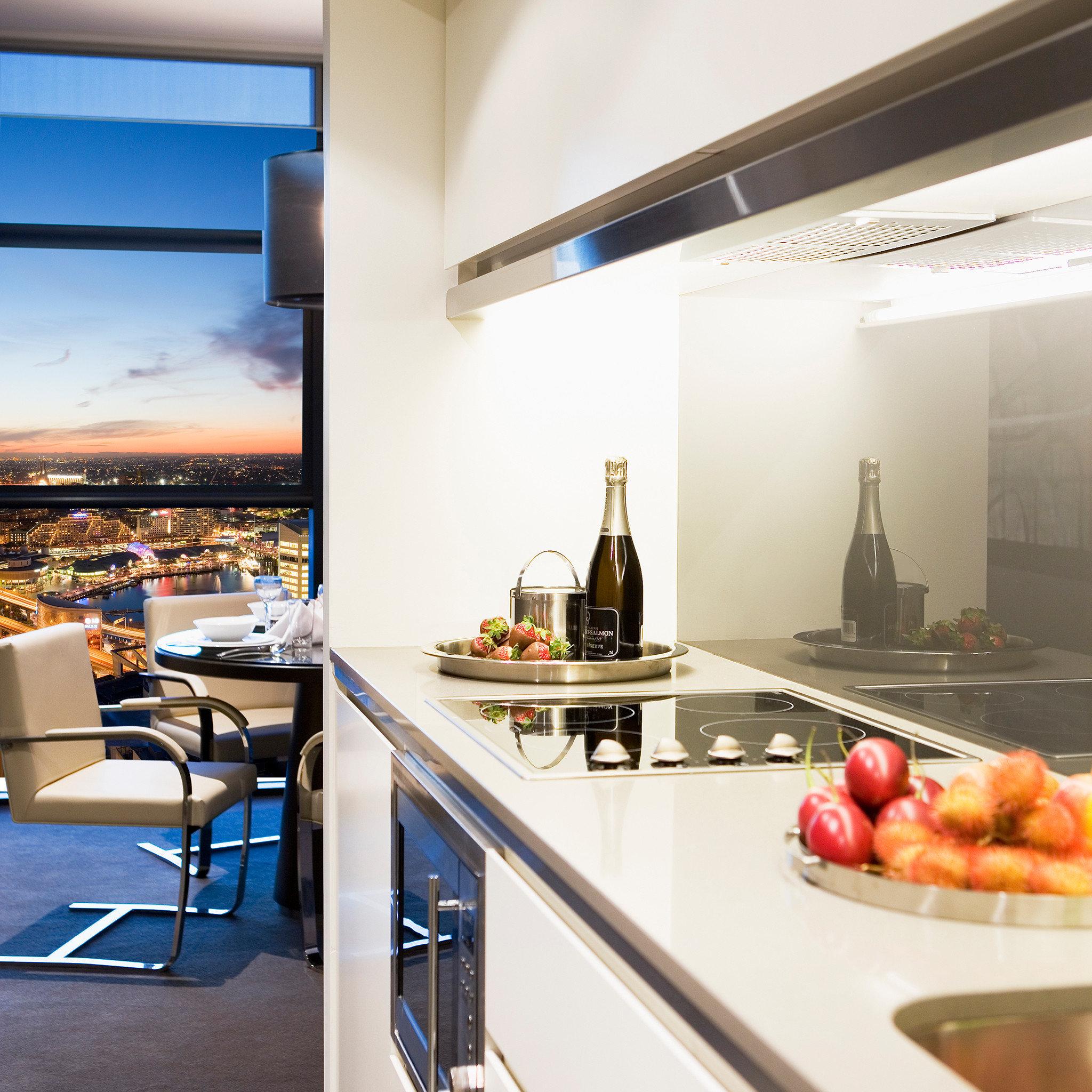 City Drink Eat Kitchen Scenic views property restaurant home lighting living room condominium loft cuisine