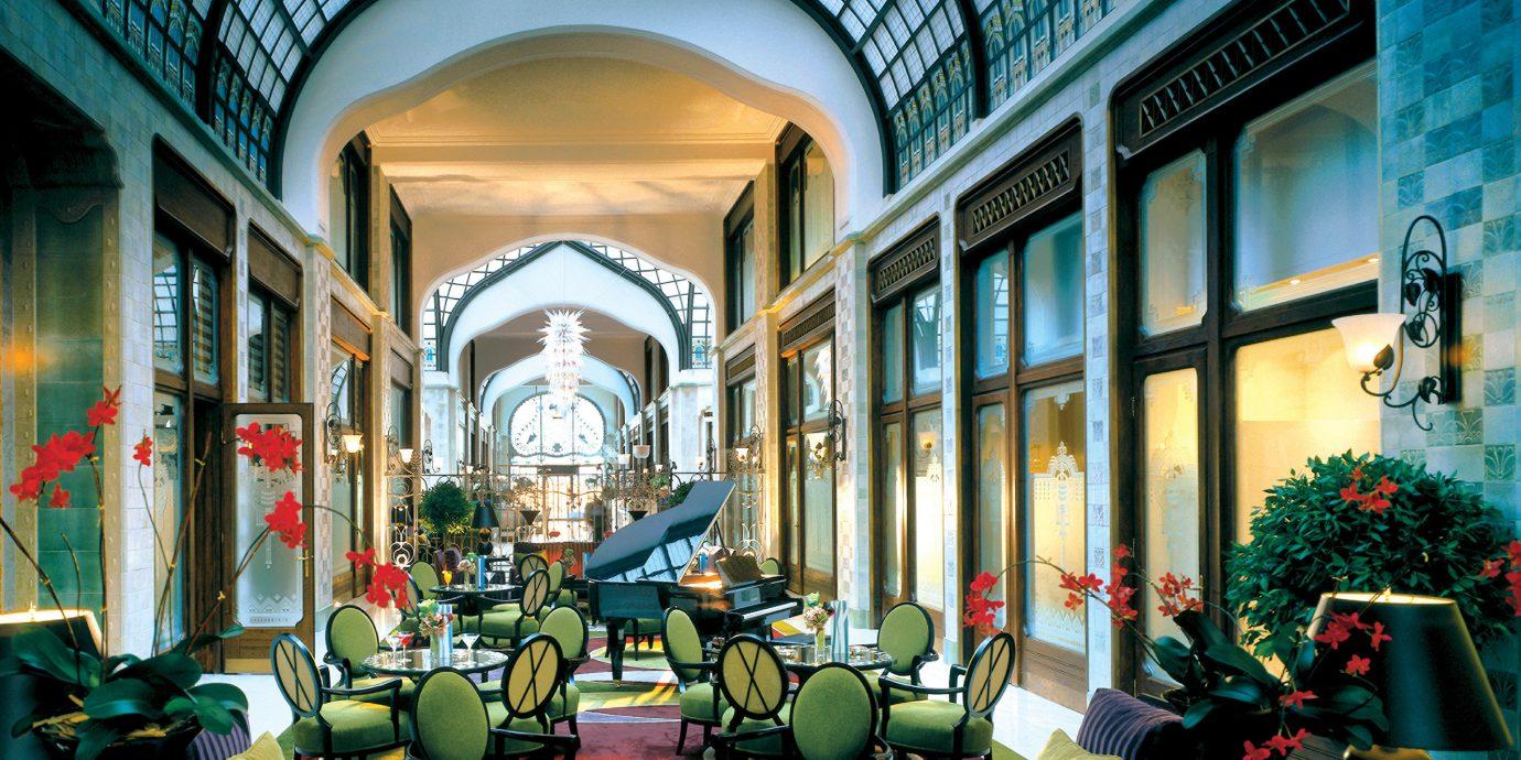Drink Elegant Luxury City building retail