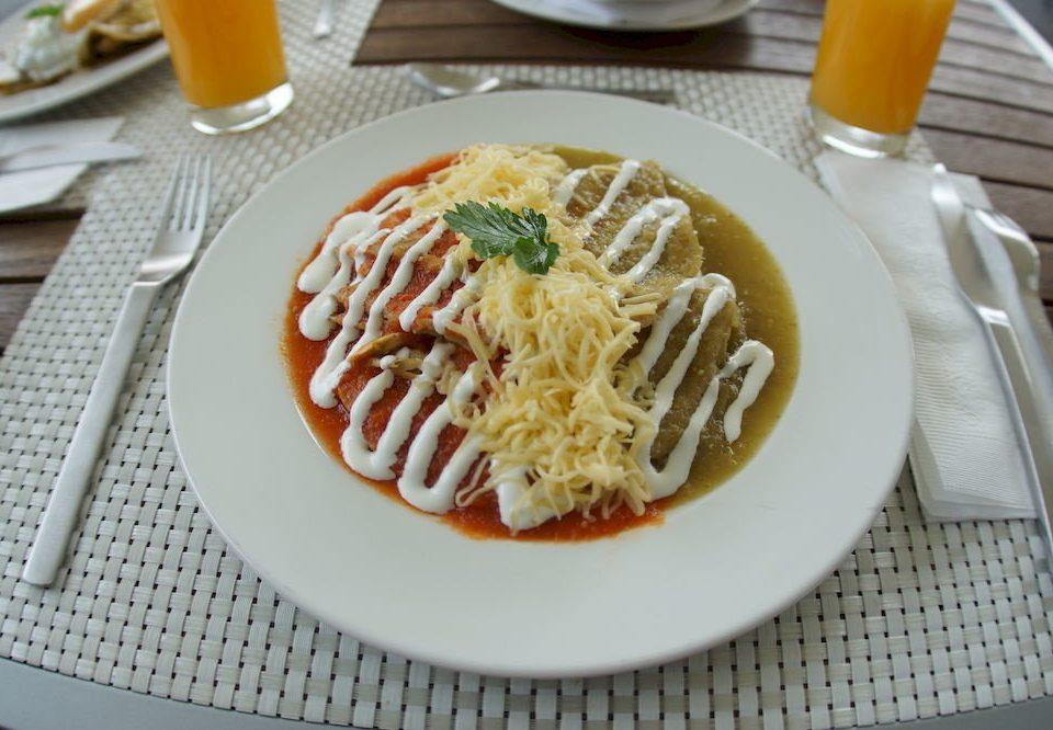 City Eat food plate cuisine spaghetti breakfast italian food asian food vegetarian food european food pasta vegetable